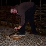 Arheološka izkustvena delavnica - prižiganje ognja z lokom